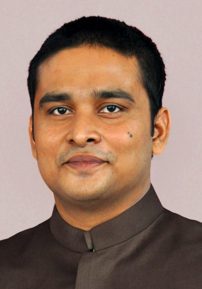 সুফি ফারুক ইবনে আবুবকর, প্রমুখ, গুরুকুল | Sufi Faruq Ibne Abubakar, Pramukh (CEO), Gurukul